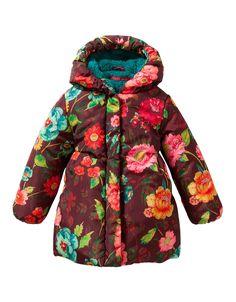 Warme winterjas met handgeschilderde bloemenprint. De jas is gevoerd met een heerlijk warme teddyvoering.