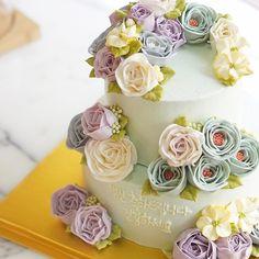 nana_cake instagram photos