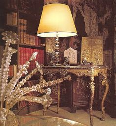 LiveYourStyle: Inside Coco Chanel's 31 Rue Cambon in Paris Chanel Store, World Of Interiors, Eye For Detail, Traditional Decor, Coco Chanel, Chinoiserie, Old World, Icon Design, Style Icons