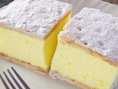 Rețeta originală a cremșnitului. Romanian Desserts, Romanian Food, Sweet Recipes, Cake Recipes, Dessert Recipes, Just Desserts, Delicious Desserts, Sweet Tarts, Arabic Food