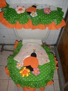 como hacer un juego de baño de coneja paso a paso - Buscar con Google Owl Bathroom Set, Bathroom Crafts, Dit Gifts, Diy Projects To Try, Sewing Projects, Decor Crafts, Diy And Crafts, Diy Crafts Crochet, Diy Kitchen Decor