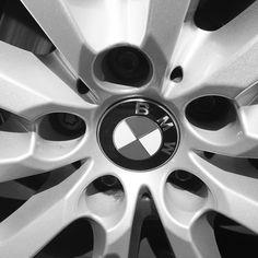 Dynavsal HD Spezielle Auto-Hintere Ansicht-R/ückseiten-Unterst/ützungskamera f/ür BMW e46 e39 E90 E60 e53 e70 X 1 X3 X 5 X6 M3 530i 535li 520i Modell 9125 59 mm