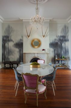 Blue dining chairs dining room contemporary with traditional home captain chairs marble dining table Room Chairs, Dining Chairs, Dining Table, Dining Rooms, Dining Area, Dining Room Design, Decoration, Sweet Home, Chandelier