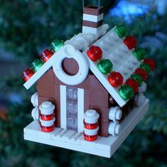 2011 LEGO Gingerbread House Christmas Ornament (Chris McVeigh Design)