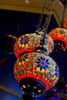 These aren't actually hot air balloons, but are some type of stained glass or painted paper lanterns. I thought they were just beautiful! Morrocan Decor, Moroccan Lighting, Moroccan Lamp, Moroccan Lanterns, Moroccan Style, Turkish Lamps, Turkish Art, Image Deco, Candle Lanterns
