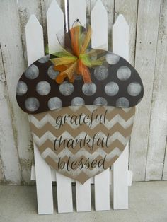 Acorn Door Hanger by CWCountryCottage on Etsy Thanksgiving Crafts, Fall Crafts, Diy Crafts, Burlap Crafts, Burlap Door Hangers, Fall Door Hangers, Wooden Pumpkins, Wooden Pumpkin Crafts, Wooden Crafts