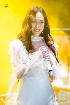 Taeyeon Jessica, Jessica & Krystal, Krystal Jung, Kpop Girl Groups, Kpop Girls, Jessica Jung Fashion, Bts Girl, Ice Princess, American Singers