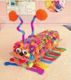 This page is a lot of caterpillar crafts for kids. There are caterpillar craft ideas and projects for kids. If you want teach the animals easy and fun to kids,you . Creative Crafts, Diy And Crafts, Crafts For Kids, Arts And Crafts, Caterpillar Craft, Puppet Crafts, Animal Crafts, Kids Education, Preschool Activities