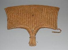 Fan made of vegetable fibre.
