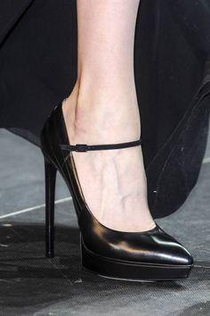 Saint Laurent at Paris Fashion Week Spring 2013 - Details Runway Photos Aesthetic Shoes, Black High Heels, Chunky Heels, Pumps Heels, Me Too Shoes, Fashion Shoes, Ready To Wear, Saint Laurent, Footwear