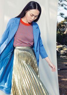 gorman autumn '15 - bright gold pleats and bright bright blue