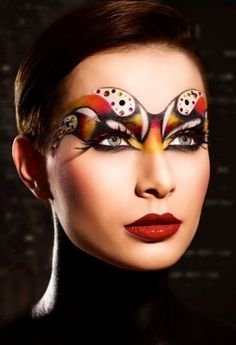 Hungarian make-up artist Dora Reti was inspired by superheroes for this make-up look which she created using Kryolan products. Exotisches Makeup, Eye Makeup Tips, Costume Makeup, Makeup Looks, Makeup Ideas, Fantasy Make Up, Gorgeous Eyes, Beautiful, Makeup Tutorial Eyeliner
