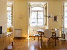 Flat in the very center of Lisbon - Santa Maria Maior Divider, Bar, Table, Room, Furniture, Home Decor, Cottage House, Bedroom, Decoration Home