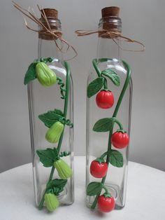 Imagem relacionada Polymer Clay Flowers, Polymer Clay Crafts, Diy Clay, Cute Polymer Clay, Glass Bottle Crafts, Diy Bottle, Bottle Art, Diy Crafts To Do, Jar Crafts