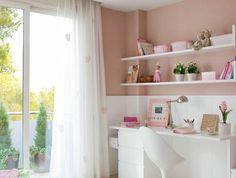 00-chambre-ado-fille-conforama-couuverture-de-lit-rose-foncé-chaise-en-plastique-blanc
