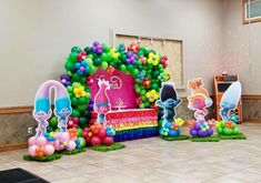 Trolls Balloon Arch 2nd Birthday Party For Girl, Trolls Birthday Party, Troll Party, Twin Birthday, Baby Party, Birthday Ideas, Party Themes, Party Ideas, Twins 1st Birthdays