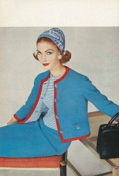 Mary McLaughlin, February Vogue Suit is made of Strong-Hewat wool tweed with a knitted cotton jersey blouse, Adolfo of Emme silk turban. Fashion Images, 50 Fashion, Fashion History, Timeless Fashion, Golf Fashion, Fifties Fashion, Retro Fashion, Estilo Coco Chanel, Vestidos Pin Up