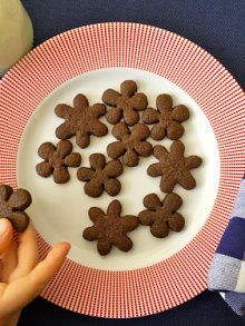chocolate grahams. thought i had already pinned this but couldn't find it on any of my boards. hmmmmm.....