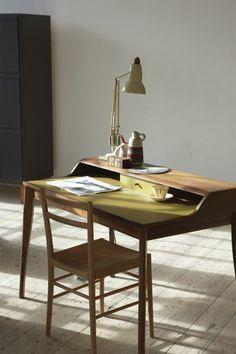 Beautiful writing desk by Pinch http://www.pinchdesign.com/yveswritingdesk.htm