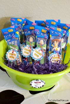 Have a Buzz and Woody fan at home? These Toy Story Party Ideas, birthday decorations, easy recipes and more create the most memorable celebration! Toy Story Party Favors and Free Printable Gift Tags. Fête Toy Story, Toy Story Crafts, Toy Story Theme, Toy Story Party, Toy Story Birthday, Third Birthday, Toy Story Food, Frozen Birthday, Cumple Toy Story