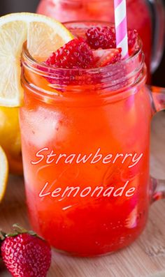 Strawberry Drink Recipes, Fruit Drinks, Strawberry Lemonade, Beverages, Non Alcoholic, Hot Sauce Bottles, Cocktails, Food And Drink, Cold
