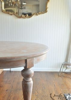 Update an orange toned table with white paint using a whitewash painting technique. It's a great way to paint a kitchen table! Diy Dining Room Table, Pine Dining Table, Wood Table, A Table, Dining Rooms, Diy Table Legs, Diy Table Top, Painted Kitchen Tables, Painted Coffee Tables