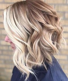Trendiest Asymmetrical Thick Wavy Hairstyles 2018 for Women-Trendiest Asymmetrical Thick Wavy Hairstyles 2018 for Women