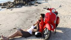 Find information about the world's most iconic scooter brand, Vespa, its latest model lineup, and dealer networks. Since Vespa has been an icon of Italian style loved around the world. Piaggio Vespa, Vespa Lambretta, Vespa Scooters, Motor Scooters, Vespa Px 125, Love Couple Wallpaper, Love Wallpaper, Wallpaper Ideas, Fiat 500