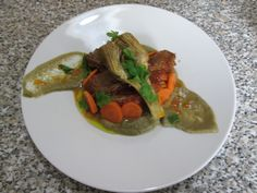 Veau   artichaut carottes sauce  cremoux  de  aubergines  .Gino D'Aquino
