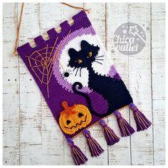 Crochet Fall, Unique Crochet, Crochet Home, Love Crochet, Crochet Wall Art, Crochet Wall Hangings, Tapestry Crochet Patterns, Crochet Panda, Halloween Crochet Patterns