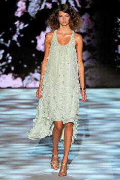 Badgley Mischka Spring 2011 Ready-to-Wear Fashion Show - Sona Matufkova