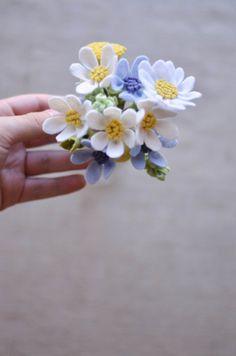Daisy Dandelion & Wildflower Felt Flower Bouquet by LeaphBoutique