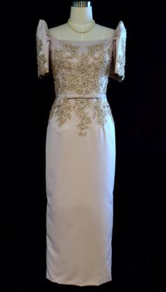 An intricate appliqued floral lace bodice create a simple yet elegant. This dress a definitely a winner for a Filipininana look Champagne dress Satin fabric Back zipper, Fully Lined Formal Wear Dry Clean or Hand Wash Imported #AAPIH #Filipina #Filipi #MexiFina #iamhappie #TraditionalFilipinoCostume #traditionalcostume #patadyong #FilipinoKimona #proudtobepinoy #PinoyAko #Pinoy #AsianAmericanPacificIslanderHeritageMonth #HappyMonday #philippines #traditionaloutfit #filipinocelebrity…