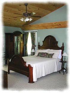 Mountain View Room   Mountain Laurel Creek Inn
