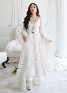 Nikkah Dress, Pakistani Formal Dresses, Pakistani Dress Design, Anarkali Dress, Pakistani Outfits, Indian Dresses, Pakistani Bridal, Anarkali Suits, Lehenga