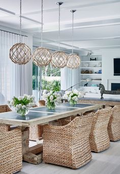 Shop domino for the top brands in home decor and be inspired by celebrity homes and famous interior designers. domino is your guide to living with style. room design cozy This Hamptons Beach House Is What Summer Dreams Are Made Of Hampton Beach, Elegant Dining Room, Dining Room Design, Beach Dining Room, Dining Set, Dining Table, Small Dining, Home Decor Styles, Cheap Home Decor