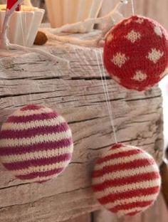 Wer sagt, dass es immer zerbrechliche Glaskugeln sein müssen? Christbaumkugeln | Gratisanleitung