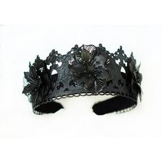 Black crown, Evil queen, black fascinator, halloween costume, Black... ❤ liked on Polyvore featuring costumes, queen costume, goth costume, gothic lolita costume, gothic halloween costumes and evil queen costume