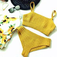 Vega Bikini Set #freecrochetpattern #crochetbikini #crochetbikinitop #crochetbikinibottom #crochetcroptop