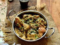 Kasuri Malai murgh is a rich creamy curry made with cashew nuts paste and flavoured with ground pepper and kasuri methi. Serve this delicious Mughlai dish serve with butter Naan biryani and raita for a wholesome lunch. Recipe by Shaheen.   http://ift.tt/2b4Jb5v #Vegetarian #Recipes