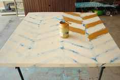 Step-by-step instructions to create a fun piece of #diy herringbone canvas art with the help of Modern Masters Olympic Gold Metallic Paint | Kristi's Paintbrush Blog