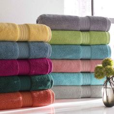 Shop plush bath towels in bold colors and classic neutrals. Select from Grandin Road assortment of towel sets with matching bath towels, hand towels and wash cloths. Bath Linens, Bath Rugs, Egyptian Cotton Towels, Old Bathrooms, Linen Store, Bath Sheets, Bath Towel Sets, Fine Linens, Bath Decor