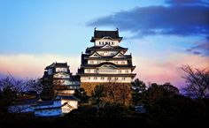 Were you thinking of visiting Japan in 2015? If yes, here are 5 must see places in a country with reasons on why to visit them this year