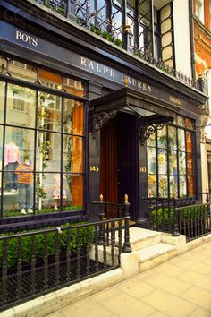 Ralph Lauren Storefront, London, England ~    ahhh...Ralph's World~ a favorite destination while on my 2012 trip!