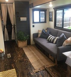 You may take an amazing idea from this article to remodel your RV Interior for Cozy Holiday 2019 Camper Life, Rv Campers, Happy Campers, Camper Van, Rv Life, Happier Camper, Remodel Caravane, Rv Cabinets, Kitchen Cabinets
