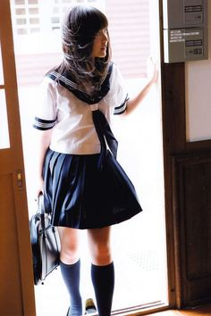 ✓A+~! ♪ - -  seifuku - - sailor uniform - - windy - - cute - - pretty asian girl
