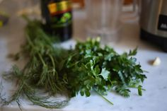 A delicious healthy recipe for Celeriac Soup with Fennel and Parsley Oil -- that can be made in 35 minutes flat! Creamy yet light! Celeriac Soup, Fennel Soup, Christmas Lunch, Appetisers, Seaweed Salad, Parsley, Vegetarian, Favorite Recipes, Herbs