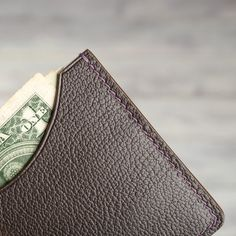 Leather Card Wallet Men's Slim Minimalist Compact | Etsy Mens Leather Accessories, Leather Card Wallet, Front Pocket Wallet, Painting Edges, Men's Leather, Slim Man, Leather Working, Compact, Minimalist