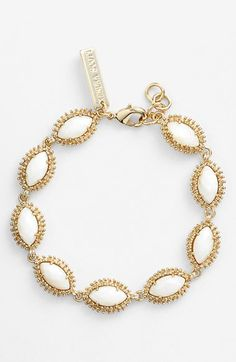 something like this with white beads but silver or brushed nickel metal . Dear Stitch Fix Stylist, I love this bracelet in the color slate - beautiful! Cute Jewelry, Jewelry Box, Jewelery, Jewelry Accessories, Beach Accessories, Jewelry Ideas, Gold Jewelry, Bling Bling, Bangle Bracelets