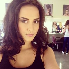 Lucy Watson makeup - oh to be made in Chelsea I really wanna have my make up done like this!! Gorgeous, sultry and natural looking